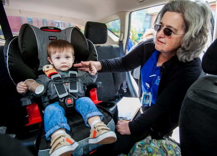 Cheryl Jackson Of Safe Kids Sumter County Checks A Car Seat