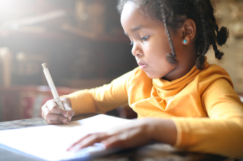 Black-girl-writting